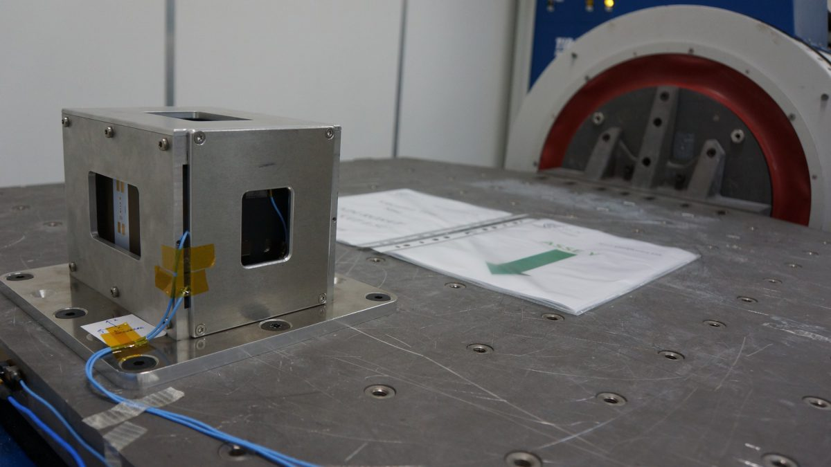 endurosat-space-qualification-2019-cira-vibration-test