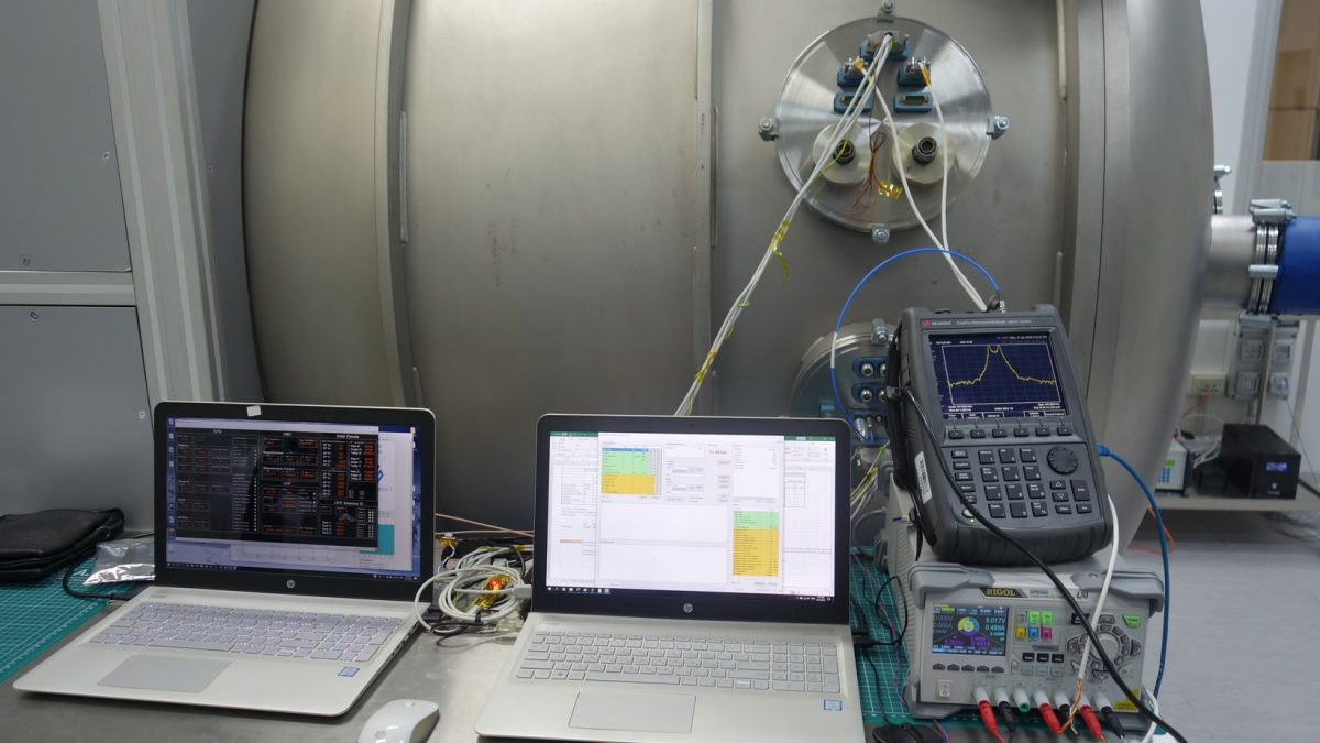 endurosat-space-qualification-cira-2019-thermal-vacuum-test