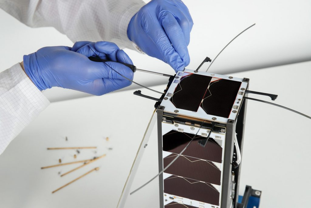 3u-cubesat-structure-platform-nanosat-endurosat-05